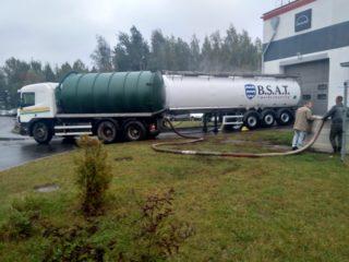 Otkachka kanalizacii predpriyatij i kanalizacij